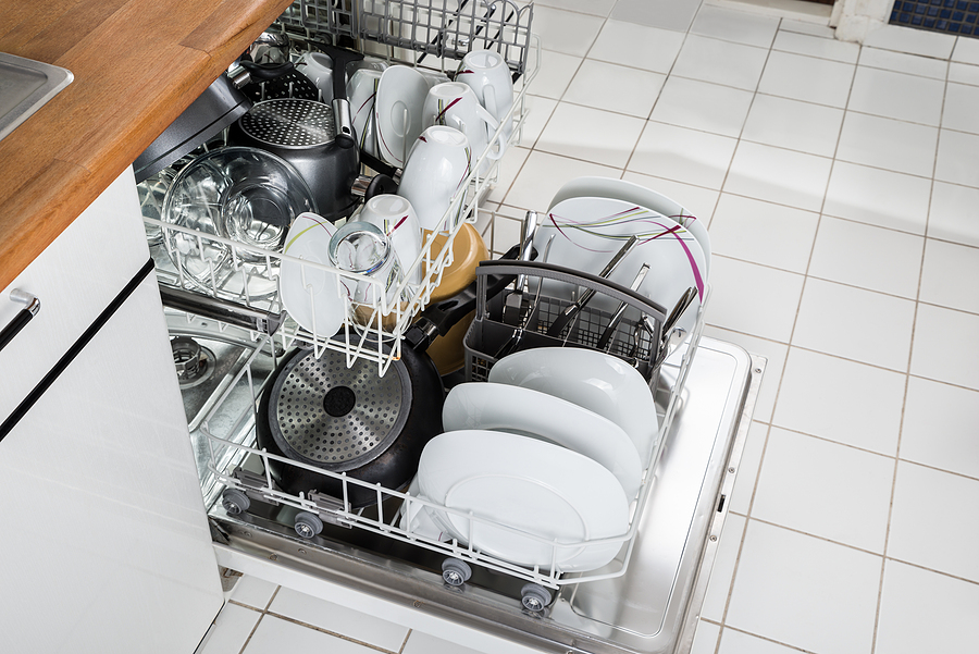bigstock-utensils-in-dishwasher-81454868
